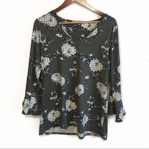 loveappella Bell Sleeve Floral Top XL